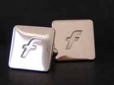 Satinized silver cuff-links